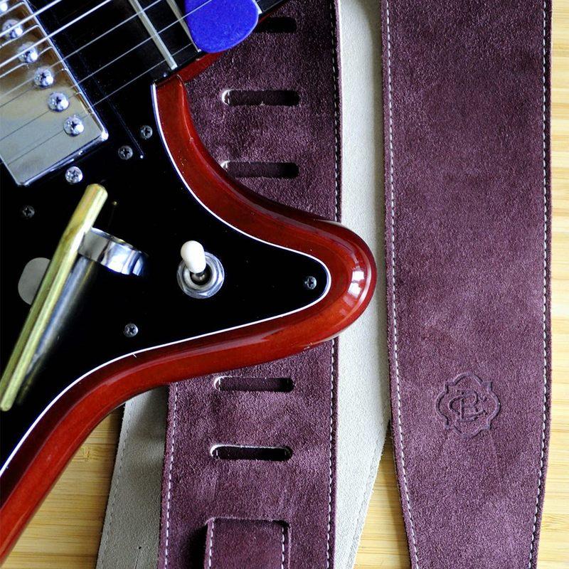 Bon week-end :) #constantbourgeois #vintageepiphone #guitarstrap #vintageguitar